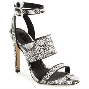 Topshop. Size 5. Rita snake embossed heel.
